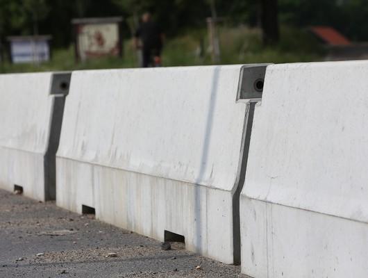 Jual Road Barrier (Pembatas Jalan Beton) di Bogor