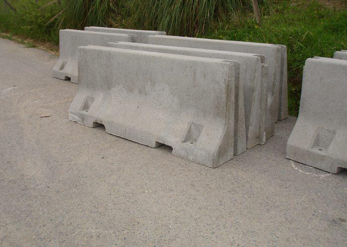 Jual Road Barrier (Pembatas Jalan Beton) di Sidoarjo